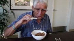 'Smart' Spoon Allows Parkinson's Sufferers to Feed Themselves