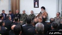 رهبر ایران در دیدار با «مسئولان و فرماندهان» نیروی دریایی ارتش گفته است که «افزایش آمادگی نیروهای مسلح» باعث «بازدارندگی و ترس» دشمنان خواهد بود.