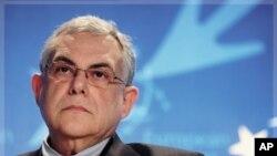 前歐洲中央銀行副行長帕帕季莫斯是擔任臨時政府總理的熱門人選。(資料圖片)