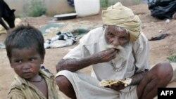 Hindistan'da Yoksulluk Sınırı Günde 50 Sent