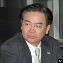 政治大学教授 吴钊燮