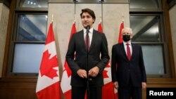 کینیڈا کے وزیرِ اعظم جسٹن ٹروڈو نے ایک بیان میں ان دو کینیڈین شہریوں کے بارے میں کہا کہ انہوں نے گزشتہ ایک ہزار ایام کے دوران بہادری اور صبر کا مظاہرہ کیا۔