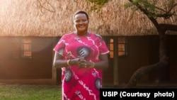 La Kényane Joséphine Ekiru, laureate du prix Women Building Peace Award 2021.