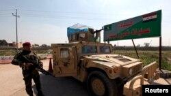 Irački vojnici blizu Mosula