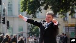 ປະທານາທິບໍດີ ຄົນໃໝ່ຂອງຢູເຄຣນ ທ່ານ Petro Poroshenko
