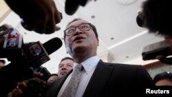 Lãnh tụ đối lập Sam Rainsy, chưa định ngày trở về Campuchia. (Ảnh tư liệu)