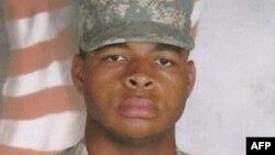 미국 댈러스 총격범 미카 재비어 존슨의 군 복무 시절 사진.