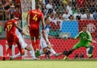 Belgium's Divock Origi (L) scores a goal against Russia during their 2014 World Cup Group H soccer match at the Maracana stadium.
