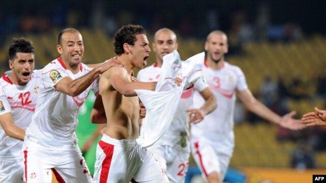 Le Tunisien Youssef Msakni, auteur du but gagnant contre l'Algérie. (AFP)
