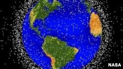 被空间垃圾包围的地球