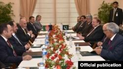阿富汗總統和巴基斯坦總理會談(2015年12月9日)