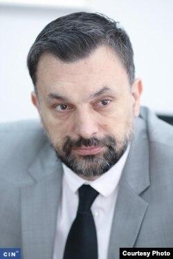 """Bivši premijer KS Elmedin Konaković kaže da su zakoni o koncesijama omogućavali naplatu prihoda za korištenje voda, ali je """"politički uticaj pojedinca mnogo jači, čak i od zakona"""" (Foto: CIN)"""