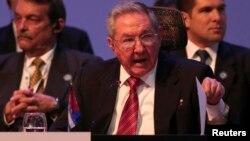 Presiden Kuba Raul Castro (foto: dok). Pemerintah Kuba mengecam keras sanksi AS atas Venezuela.