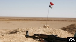 Los integrantes del ejército libre de Siria dijeron que defenderán sus comunidades de los ataques de las tropas del presidente al-Assad.