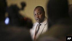 Francois Rucogoza, chef de la délégation du M23, lors des pourparlers avec des officiels congolais à Kampala, en Ouganda, le 9 décembre 2012.