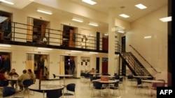 Женская тюрьма в городе Пирр, штат Южная Дакота. 15 ноября 2007 года