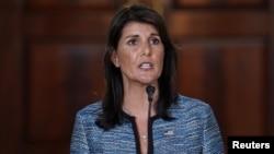"""La embajadora de EE.UU. ante la ONU, Nikki Haley, llamó al panel """"una organización interesada"""" que se burla de los derechos humanos."""