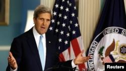 30일, 케리 미 국무장관이 시리아 문제와 관련해 긴급 성명을 발표하고 있다.