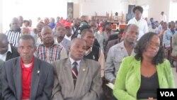 Colóquio sobre autárquicas no Lubango