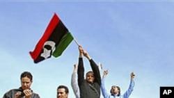 在利比亞第二大城市班加西的反政府群眾