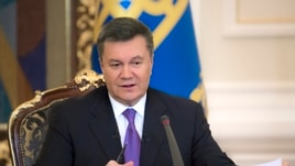 Ukrainian President Viktor Yanukovych speaks during a press conference in Kyiv, Dec. 19, 2013.