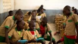 Mais internet segura para as crianças, apela o UNICEF