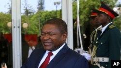 Le président mozambicain Filipe Nyusi au cours d'une cérémonie à Maputo, Mozambique, 24 janvier 2017.