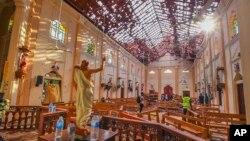Разрушения после взрыва в церкви Святого Себастьяна. Нагомбо, Шри-Ланка. 21 апреля 2019 г.