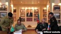Azərbaycan və Pakistan arasında hərbi əməkdaşlıq barədə protokolu imzalanıb