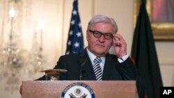 Ngoại trưởng Đức Frank-Walter Steinmeier nói rằng trao vũ khí sát thương cho Ukraine có thể khiến cuộc xung đột vượt ra ngoài tầm kiểm soát