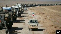 ایران کی فوج نے وسطی صوبے اصفہان میں بری فوجی دستوں کی سالانہ مشقوں کے بارے میں یہ تصویر جاری کی ہے۔ 25 جنوری 2019