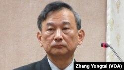 台灣法務部次長 陳明堂在立法院接受質詢(美國之音張永泰拍攝)