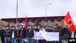 Kosovë: Reagime ndaj arrestimeve për krime lufte