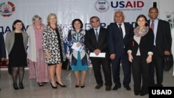 United States Ambassador Elisabeth Millard and Tajikistan's Deputy Minister of Health and Social Protection Navruz Jafarov noted the great progress made toward controlling TB in Tajikistan with decreased TB morbidity and mortality in the past three years.