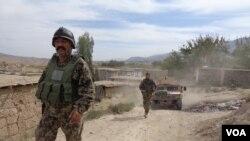 نبود انگیزه و عدم موجودیت رهبری و مدیریت موثر از دلایل عمدۀ افزایش تلفات در میان قوای امنیتی افغانستان عنوان شده است.