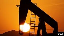 De acuerdo con el estimado, EE.UU. estaría produciendo 11,1 millones de barriles de crudo diarios para el 2020.