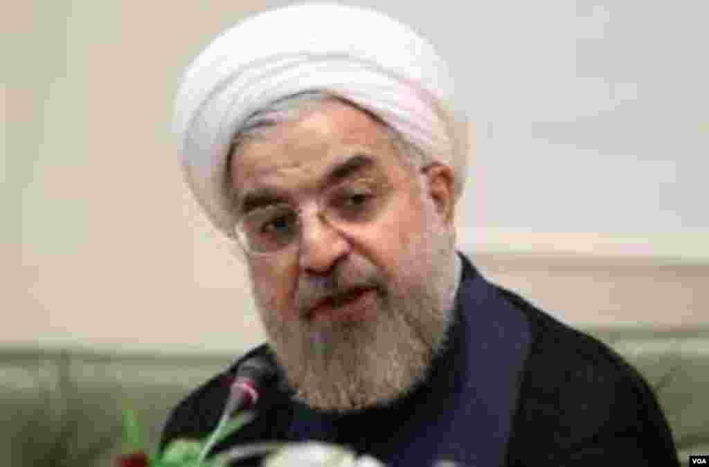 حسن روحانی که در نخستین روز ثبت نام برای نامزدی انتخابات ریاست جمهوری سال ۹۲ نام نویسی کرد، رئیس مرکز تحقیقات استراتژیک مجمع تشخیص مصلحت و از چهره های نزدیک به هاشمی رفسنجانی است.