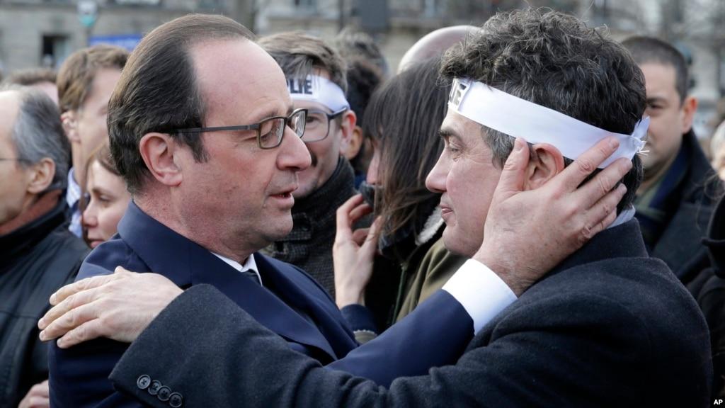 hollande wins top marks for crisis handling hollande wins french presidency 1024x576