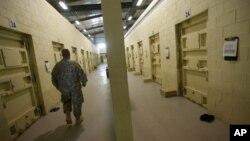 Hồi tháng 9, Hoa Kỳ đã chính thức giao quyền kiểm soát nhà tù Bagram ở phía bắc thủ đô Kabul cho chính phủ Afghanistan