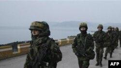 Cənubi Koreya Şimali Koreya sərhədi yaxınlığında hərbi təlimlərə başlayır