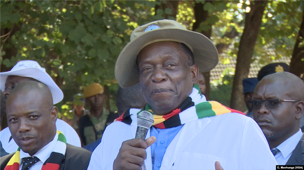 President Emmerson Mnangagwa has promised to compensate white commercial farmers for the land seized from them, in Harare, April 10, 2019.