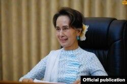 ႏိုင္ငံေတာ္ အတိုင္ပင္ခံပုဂၢိဳလ္ ေဒၚေအာင္ဆန္းစုၾကည္ (ဓာတ္ပံု - Myanmar State Counsellor Office)