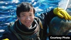 탈북자 박명호 씨가 주인공으로 출연한 다큐영화 '올드마린보이' 포스터의 일부분. (제공: 영화사 님아)