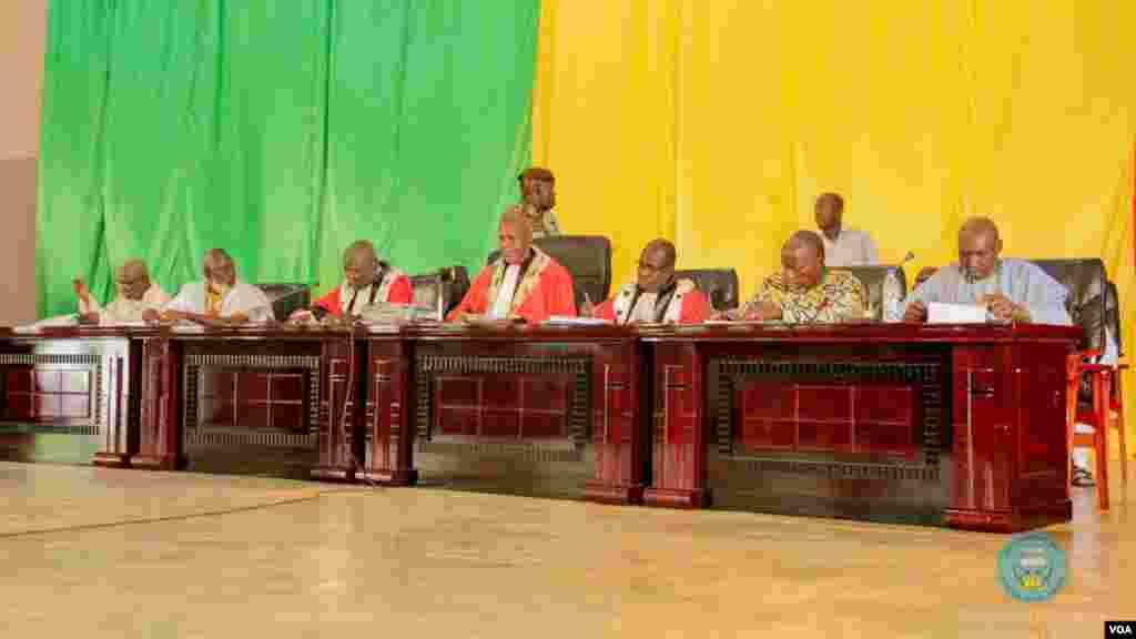 L'ouverture du procès de Sanogo à la cour d'assises de Sikasso, dans le sud du Mali, le 30 novembre 2016.