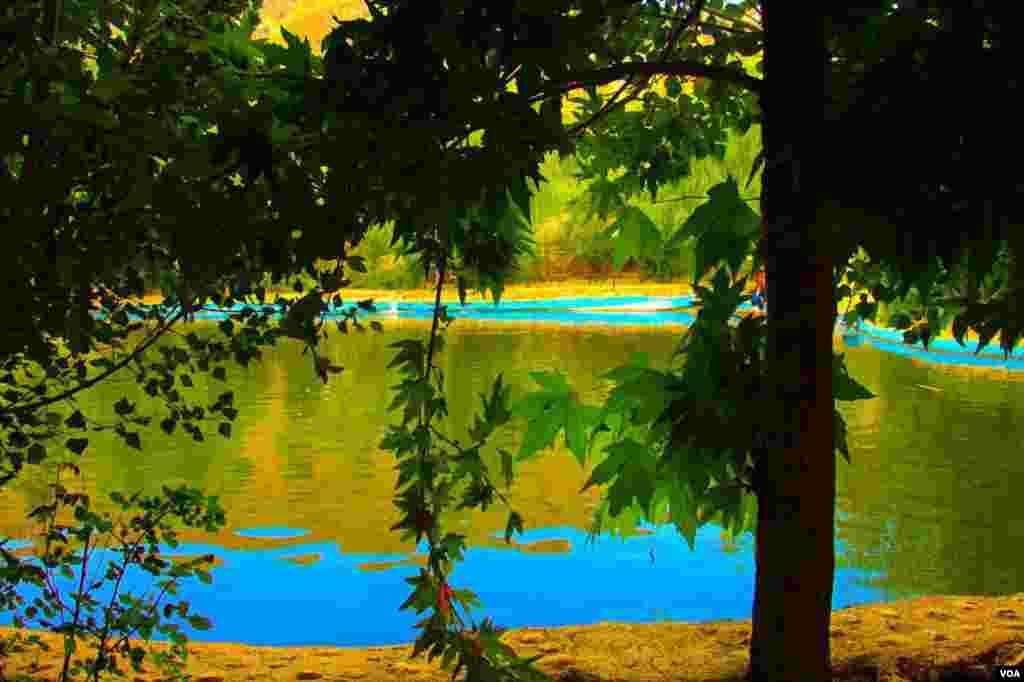 باغ تنگ مروراید نزدیک شهرستان سپیدان استان فارس عکس : متین نیک آرا (ارسالی از شما)