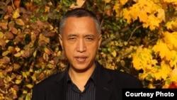 旅法学者、资深政治评论员张伦教授