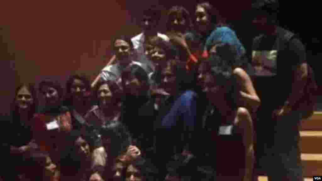 جمعی از اعضاء کمیته محلی برگزارکننده کنفرانس بنیاد پژوهش های زنان ایران در دانشگاه مریلند – ۲۰۱۶
