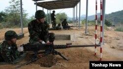 북한이 지난해 10월 경기도 연천에서 대북전단 풍선을 향해 14.5㎜ 고사포 사격을 한 후 한국 군이 대응사격한 K-6 중기관총. (자료사진)