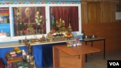 俄罗斯布里亚特地区民众供奉的达赖喇嘛像。