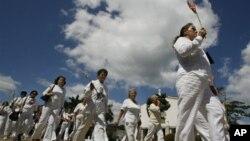 «Κυρίες, ντυμένες στα λευκά» 2007
